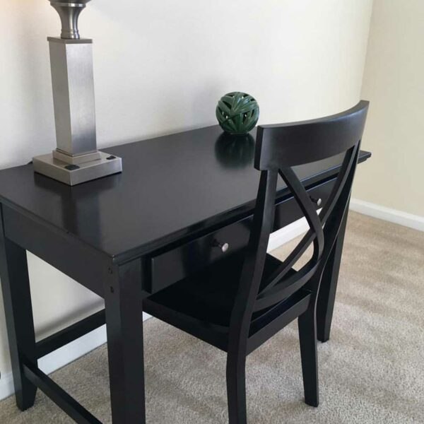 Accessory item desk and chair